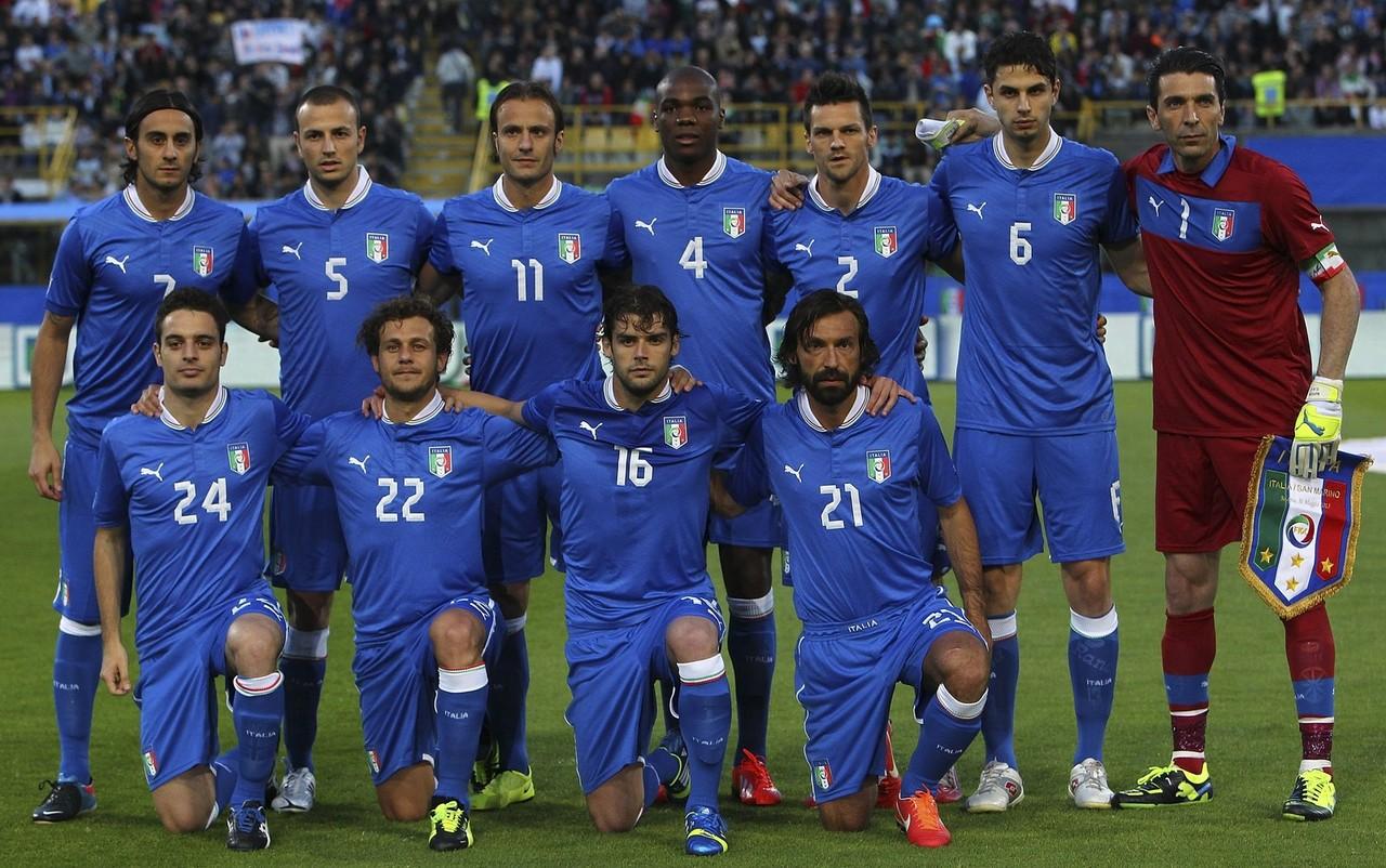 Футболисты сборной италии фото